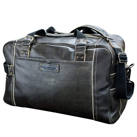 4e650b6e17a3 ... Marc Vintage Leather Weekender. M 5adbaedd3a112ebc18c49321